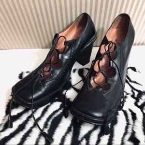 Vintage Shoes - VTG 90s BCBG Platform Lace Up Oxford Creeper Heels